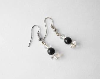 Earrings black pearls