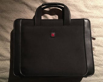 Victorinox Swiss Army Black Nylon & Leather Business Bag, Laptop Tech Pocket NEW