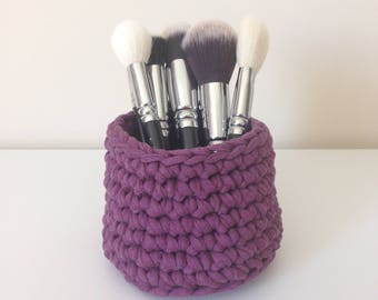 Hand crocheted pot, violet and plum