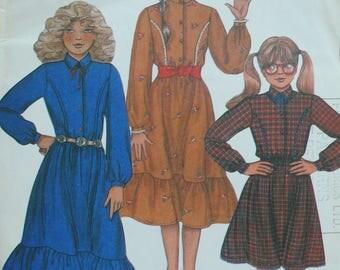 Girls Dress Pattern - Vintage McCalls 8224 - Size 8