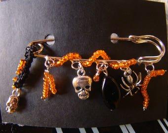 """Halloween..."" pin charms silver metal Orange beads"