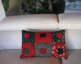 PATCHWORK CUSHION COVER RED AND BLACK