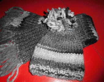Clouded grey wool scarf and hat set