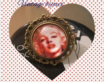 "bronze ring adjustable ""pretty Marilyn"""
