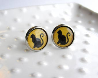 Yellow and Black Cat Silhouette - Stainless steel Earrings - 12mm rounds - Epoxy resin - Sensitive Earrings - Cat Lover Gift - Lucky Cat fun
