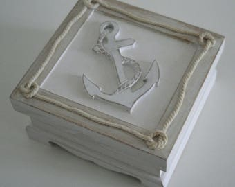 "Box of weathered wood ""Anchor"""
