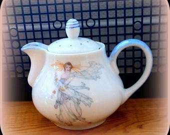 Teapot or coffeepot pattern retro woman in Limoges porcelain