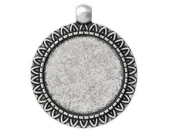 medium silver round cabochon 38 x 33 mm