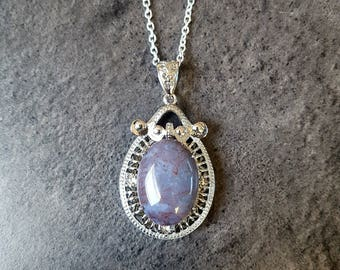 Necklace Agate gemstone and nickel free silver chain