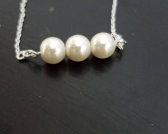 Pearl necklace... silver chain dainty pearl necklace for women... handmade jewelry... silver choker necklace