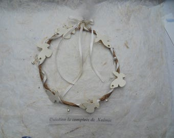 Crown design in wire and kraft butterflies