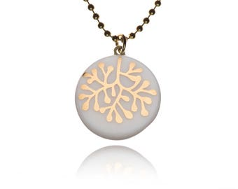 Krinke porcelain round chain, ball chain necklace, pendant, handmade motif: coral 24 carat gold on white