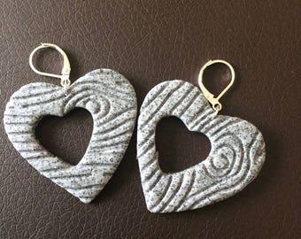 Wood look heart earrings!