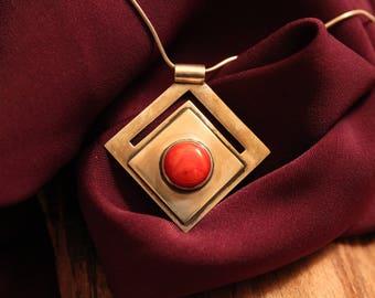 "Original and handcrafted silver pendant ""Fleur de Corail"""