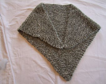 beautiful shawl in Heather gray garter