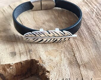Feather leather Cuff Bracelet