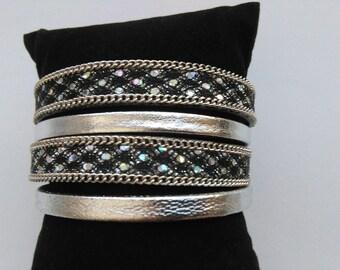 Genuine leather magnetic Cuff Bracelet