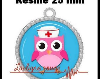 Round Cabochon 25 mm epoxy - OWL Pendant (2252) - nurse, doctor, medical