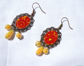 Flamenco earrings consisted of a hand painted print