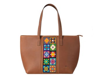 Embroiderd Leather Tote bag Camel- Wixárika Mexican Art