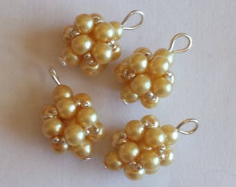 4 4mm beige glass pearl beads pendants