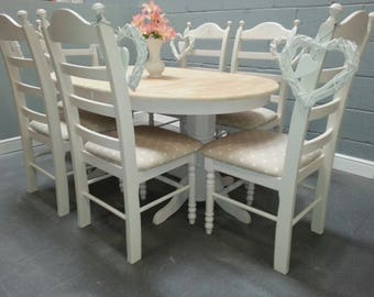 Beautiful oval extending shabby chic table & chairs