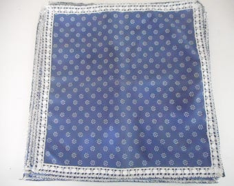 8 lace and embroidered napkins, blue and white