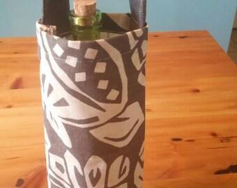 Grey print wine bag