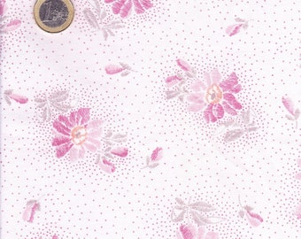 Fabric flowers light pink and dark pink background