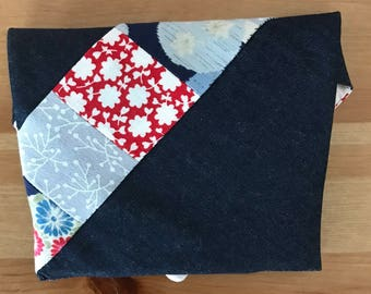Small Patchwork Denim Pouch/Pochette with magnetic snap closure | Handmade | small bag | cosmetic bag