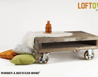 Loftove – coffee table on wheels from recycled wood