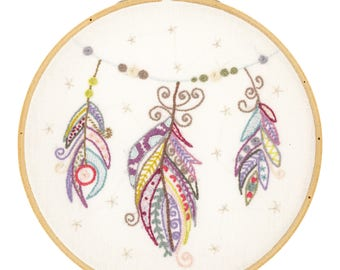Circle Embroidery Kit - feather - magical flight