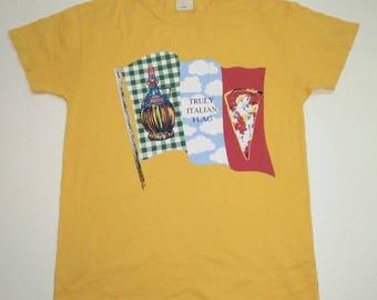 Vintage moschino tshirt