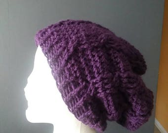 Slouch cable purple hat