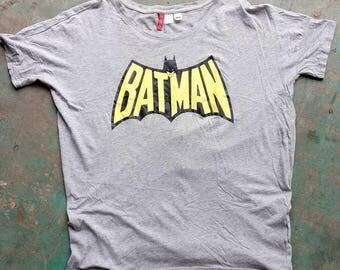 Batman T shirt Medium size, Tag Divided H & M, Batman Shirt, Batman Tee shirt