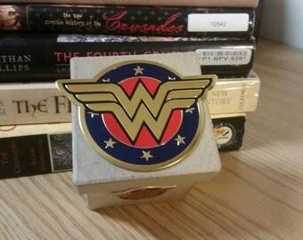 Wonder Woman Gift Box