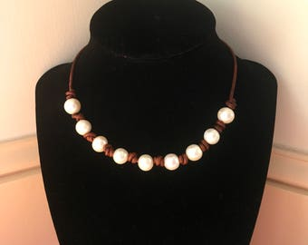 9-bead Freshwater Pearl Necklace on Antique Leather