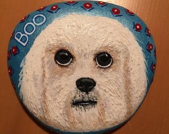 """Custom painted Rock Pet, """"Boo"""""""