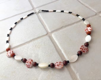 Striking Mother-of-pearl Beaded Necklace