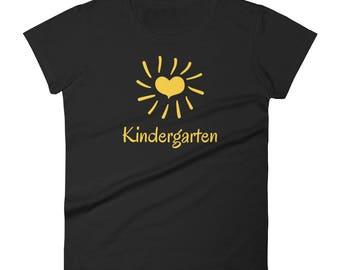 Kindergarten heart sun for teacher Tshirt Women's short sleeve t-shirt