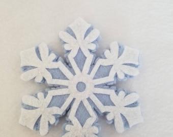 Snowflake catnip toy