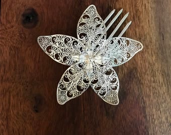 Filigree Orchid Decorative Comb