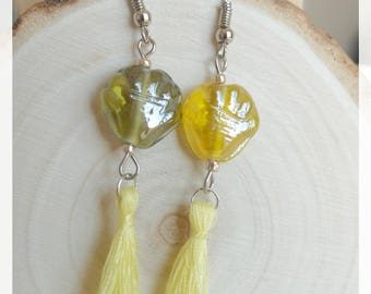 Earrings with tassels