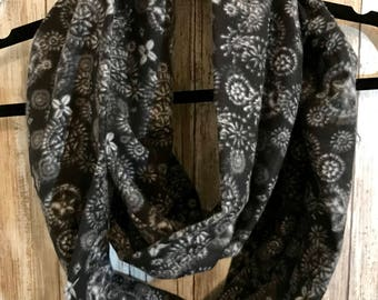 Adult flannel infinity scarf