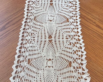 Crochet Table Runner: Estrellas