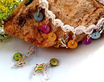 gargantilla para dama colibríes y colores. /Choker lady, colibries and colors.