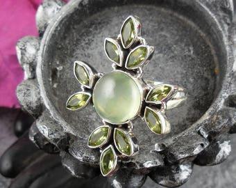 Prehnite & peridot sterling silver ring - size 6.5