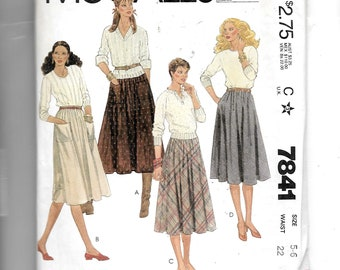 McCall's Misses' and Young Junior/Teen Skirts Pattern 7841
