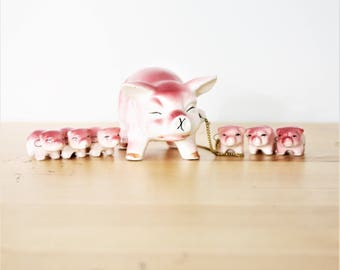 Vintage Ceramic Pig and Piglets Family Figurines, Hand Painted Family of 7 Pigs Chained Together,Mid-Century Modern, Retro Kawaii Pig Family