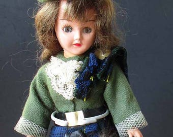 Scottish Doll Scotland Kilt Sporran Eyes Close With Stand